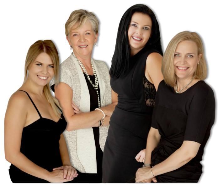 From Left: Ana, Robin, Nicole & Elaine